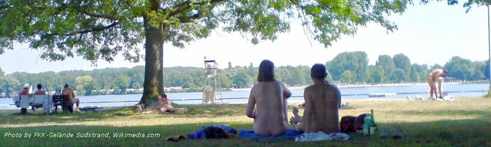 FKK-Gelände Südstrand photo picnic by lake